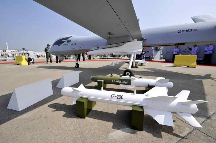 """Phap """"dua doi"""" cac anh lon, muon trang bi UAV tan cong-Hinh-7"""
