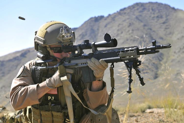 Mk 14 EBR sung truong ban tia yeu thich cua TQLC My-Hinh-4