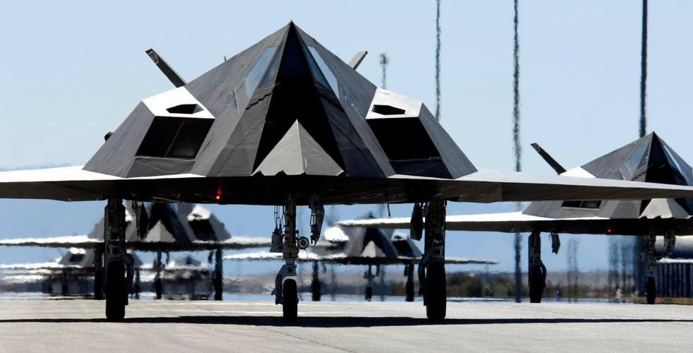 Nghi van My tai trang bi tiem kich tang hinh F-117-Hinh-10