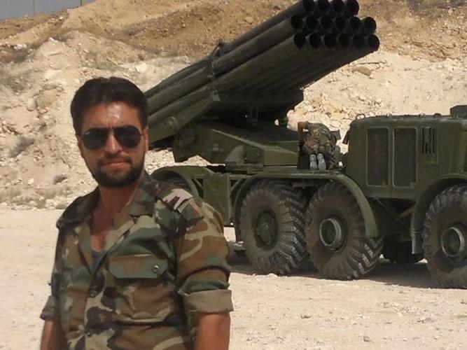 Quan doi Syria mang BM-27 Uranga ra ban IS o Deir Ezzor-Hinh-2