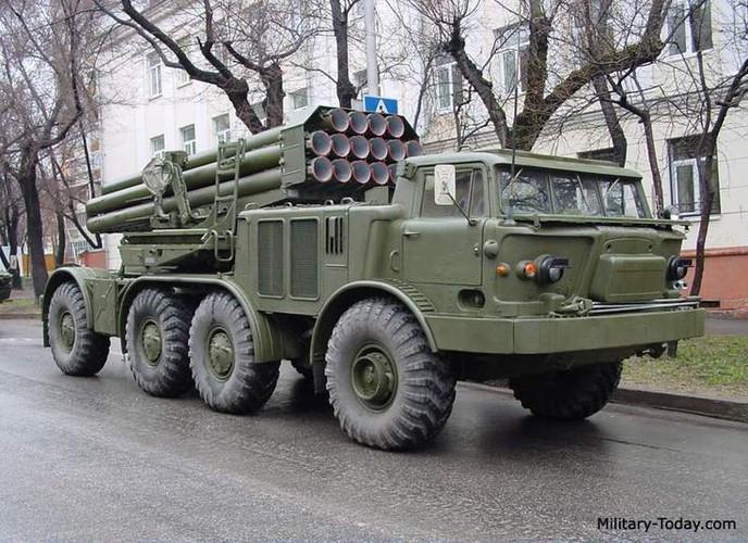 Quan doi Syria mang BM-27 Uranga ra ban IS o Deir Ezzor-Hinh-6