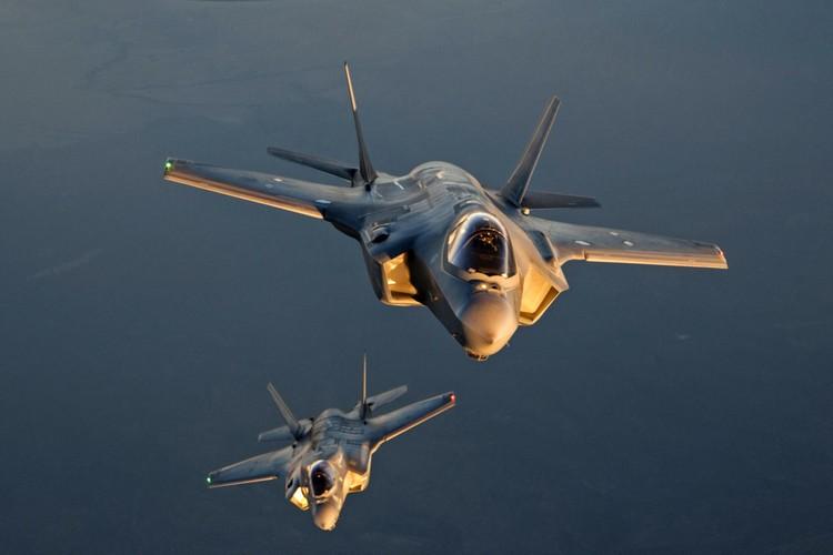 F-35 day loi My van tu tin dua vao truc chien-Hinh-6