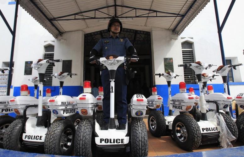 Soi quan phuc cua luc luong canh sat the gioi-Hinh-11