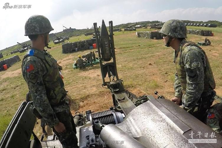 Tron mat xem Dai Loan tap tran phao binh cuc khung-Hinh-11