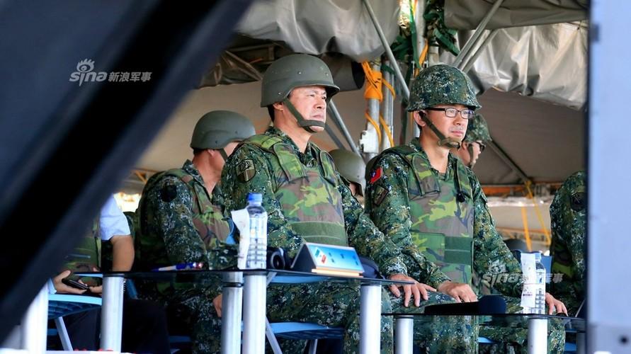 Tron mat xem Dai Loan tap tran phao binh cuc khung-Hinh-5