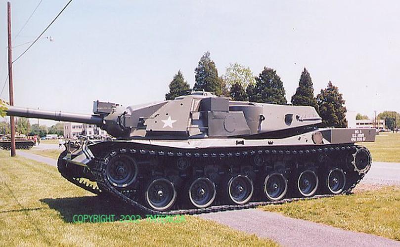 "Sieu tang MBT-70: Khong ho danh ""Co xe tang"" Duc"