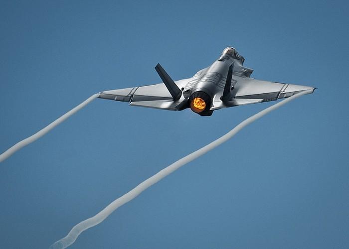 """Qua met moi, Lau Nam Goc cho F-35 ve """"huu non""""-Hinh-8"""