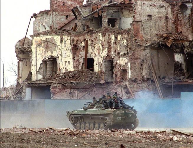Cuoc chien Chechnya lan hai: Vap nga o dau, dung len o do-Hinh-9