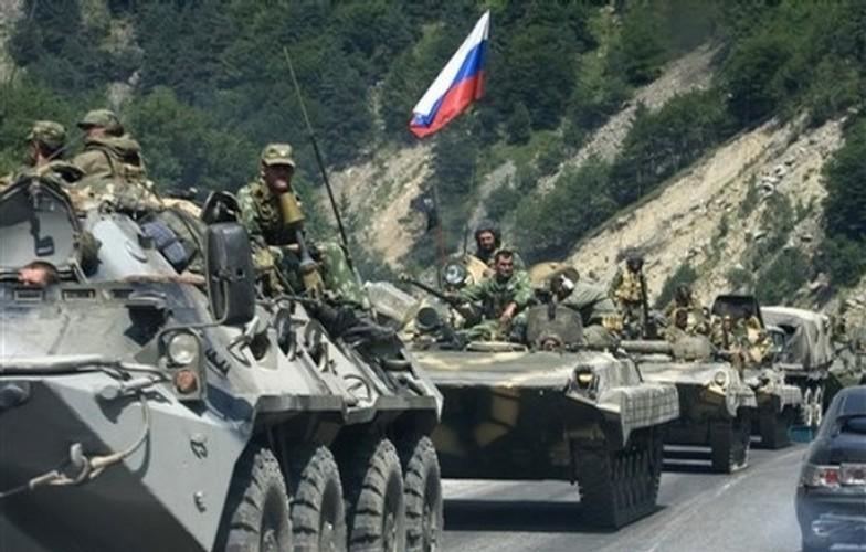 Chien tranh Gruzia: Quan doi Nga mang on NATO-Hinh-8