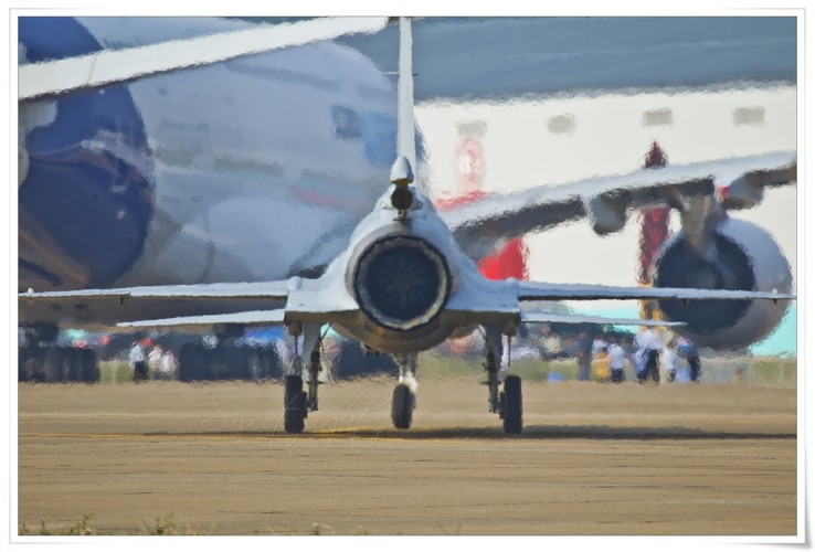 "Tien kich JF-17: Chuan NATO nhung gia hang ""cho"" cua Trung Quoc-Hinh-8"
