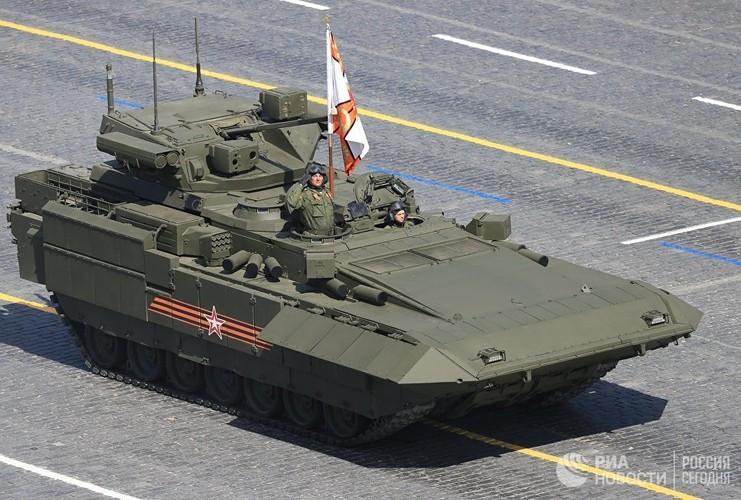 """Dan vu khi Nga khien ca NATO """"dung ngoi khong yen""""-Hinh-2"""