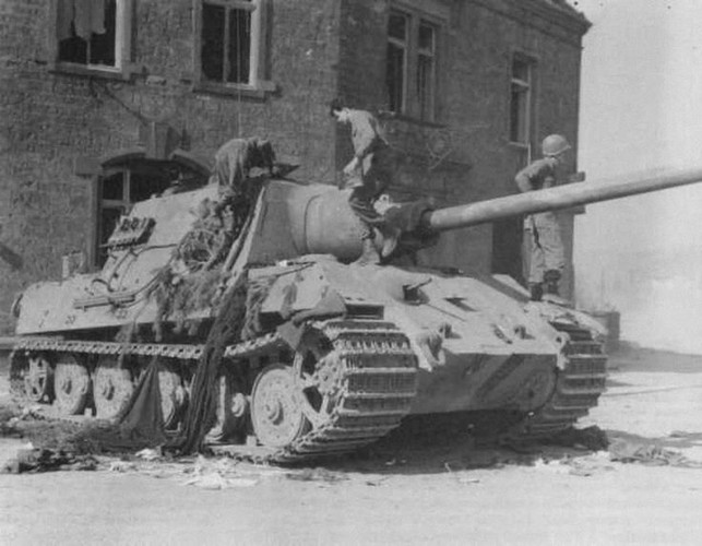 Vi sao sieu phao diet tang Jagdtiger cua Duc tham bai trong CTTG 2?-Hinh-10