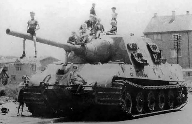 Vi sao sieu phao diet tang Jagdtiger cua Duc tham bai trong CTTG 2?-Hinh-11