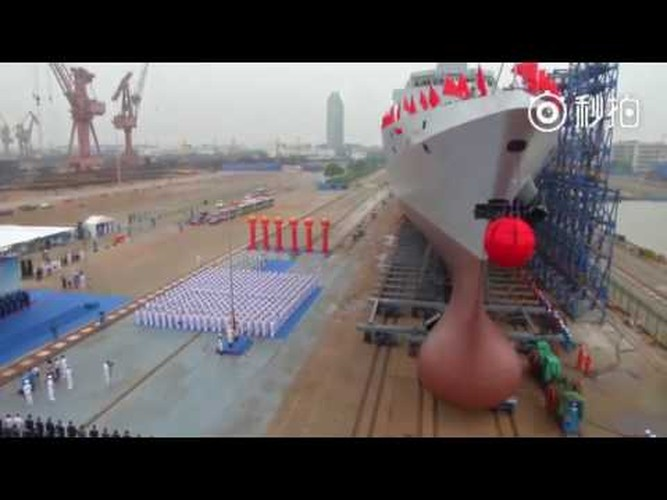 Hoan thien Type 055: Trung Quoc xoa ngoi vuong tren bien cua My?-Hinh-5
