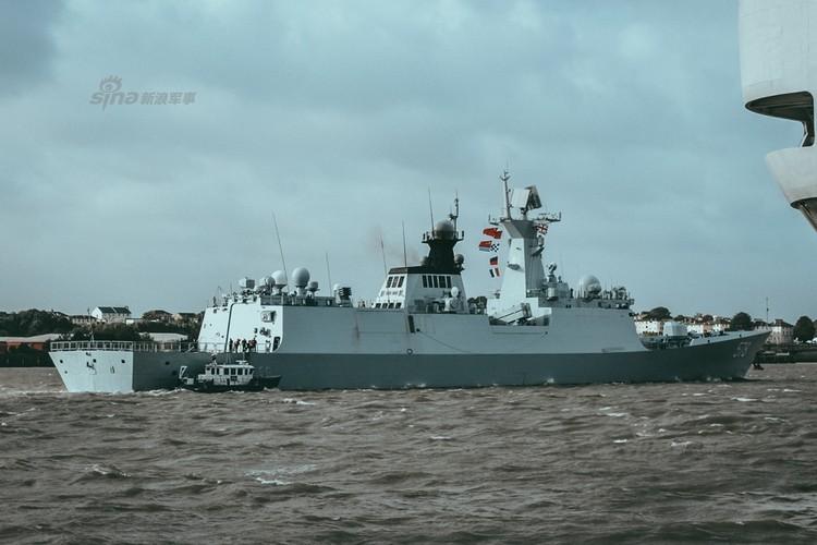 """Hai tau ho ve Trung Quoc """"luu lac"""" toi tan Anh Quoc-Hinh-4"""