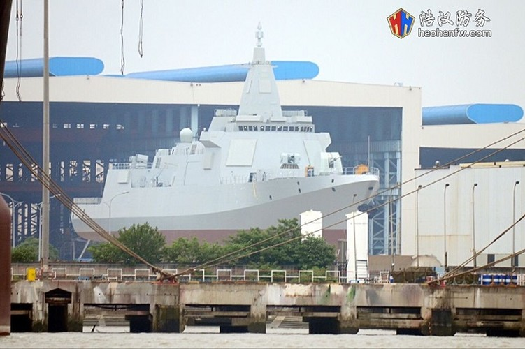 Hoan thien Type 055: Trung Quoc xoa ngoi vuong tren bien cua My?-Hinh-9