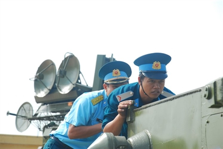 "Soi ""luoi lua"" tao nen suc manh phong khong Viet Nam-Hinh-3"