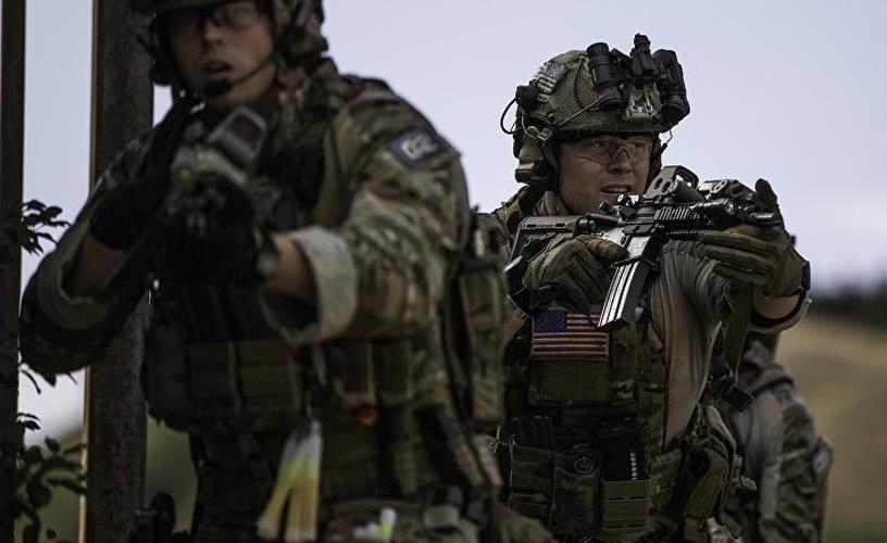 "Quan doi Ukraine ""thay mau"", thay luon ca AK-74-Hinh-11"