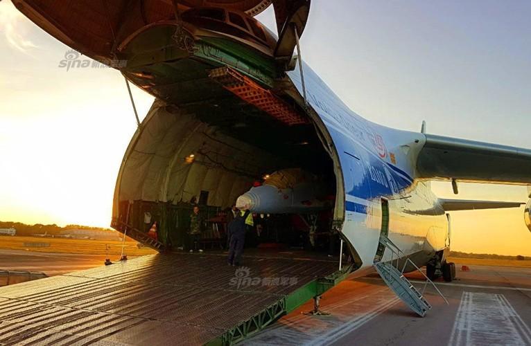 "Muc kich canh Nga ""cho khong"" Serbia chien dau co MiG-29-Hinh-4"