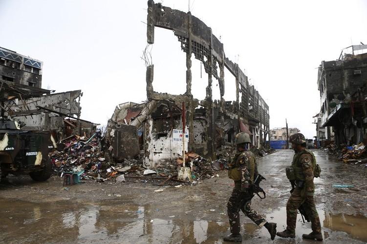 Nhung hinh anh dau tien ben trong Marawi, khi sach bong IS-Hinh-3