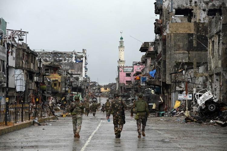 Nhung hinh anh dau tien ben trong Marawi, khi sach bong IS-Hinh-6