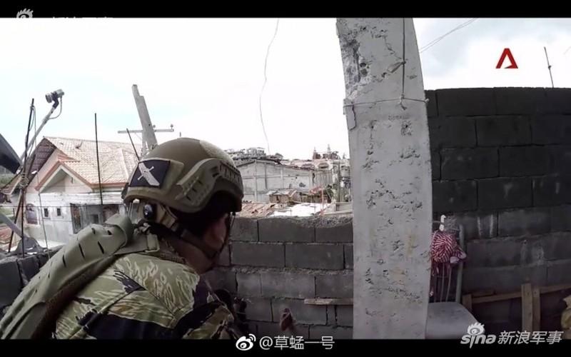 Nhung hinh anh dau tien ben trong Marawi, khi sach bong IS-Hinh-8