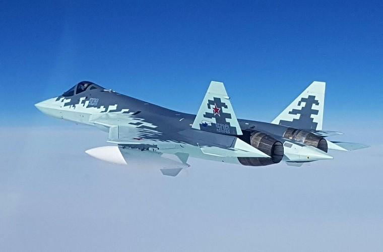 Chua kip bien che Su-57 Nga suyt roi, phai ha canh khan cap-Hinh-10
