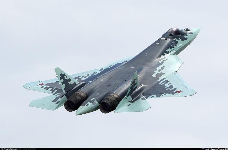 Chua kip bien che Su-57 Nga suyt roi, phai ha canh khan cap-Hinh-9