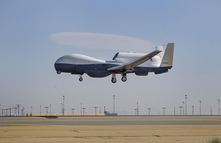 """Han Quoc chi tien mua UAV """"khung"""" de theo doi Treu Tien-Hinh-2"""