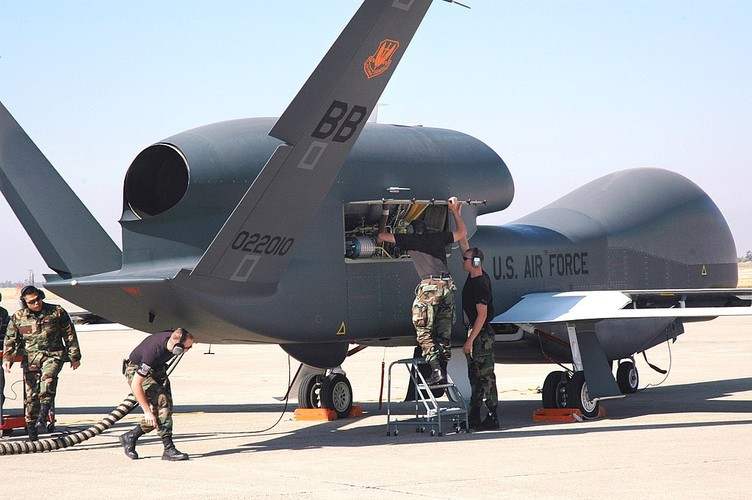 """Han Quoc chi tien mua UAV """"khung"""" de theo doi Treu Tien-Hinh-3"""