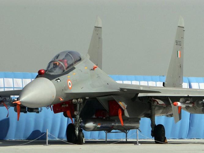 "Su-30MKI An Do da ""treo"" duoc BrahMos, lieu Su-30MK2 Viet Nam co the?-Hinh-3"
