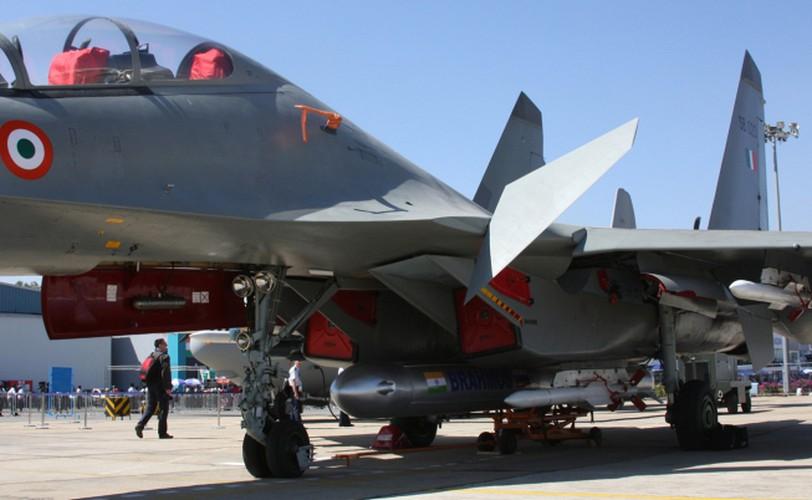 "Su-30MKI An Do da ""treo"" duoc BrahMos, lieu Su-30MK2 Viet Nam co the?-Hinh-4"