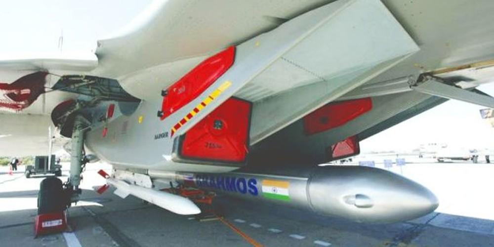 "Su-30MKI An Do da ""treo"" duoc BrahMos, lieu Su-30MK2 Viet Nam co the?-Hinh-5"