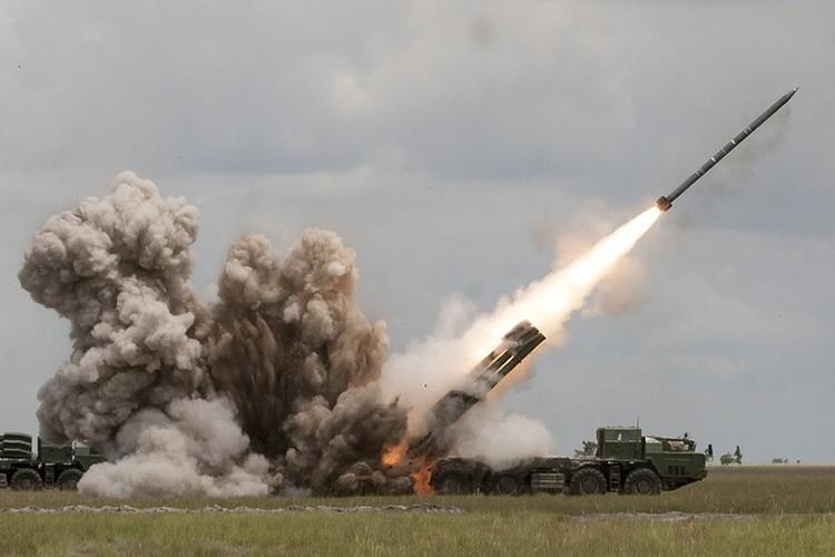 "Phao binh Nga co gi de ""gia nat"" bo binh NATO-Hinh-12"