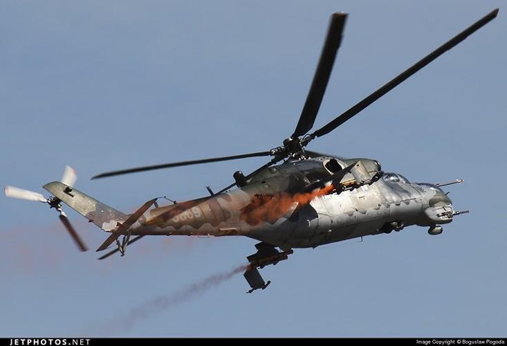 "Chum anh: Suc manh ""sieu"" truc thang tan cong Mi-35M-Hinh-14"