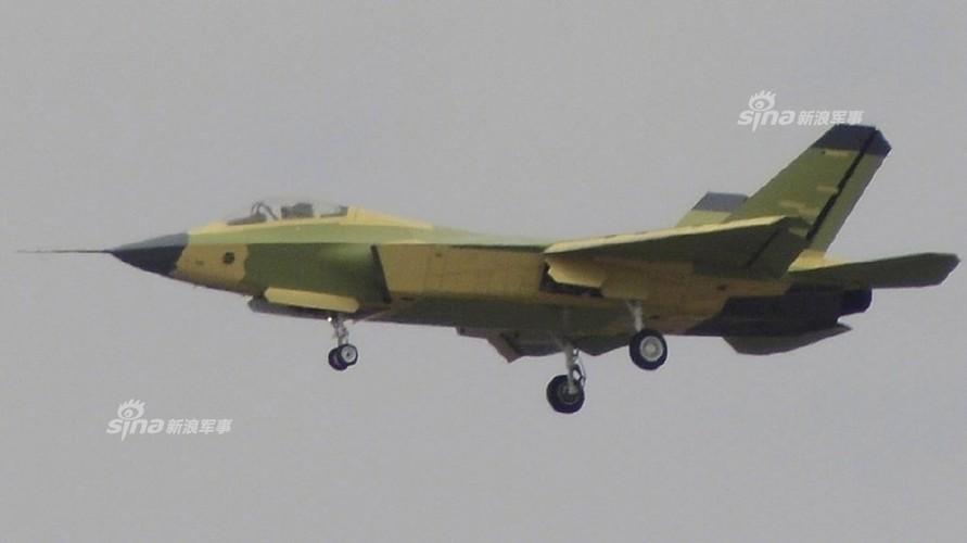 J-31 Trung Quoc dan hoan thien, tung canh khap troi-Hinh-6