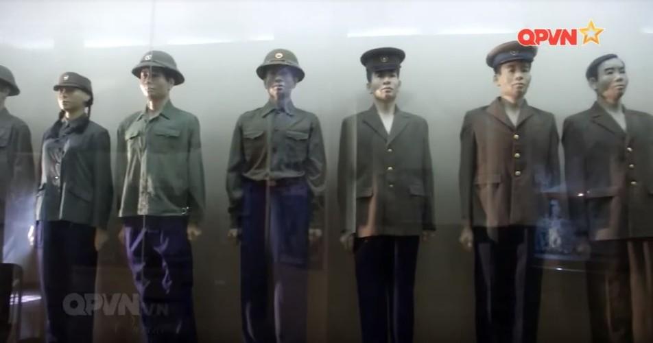 Quân phục QĐND Việt Nam qua các thời kỳ trông thế nào?