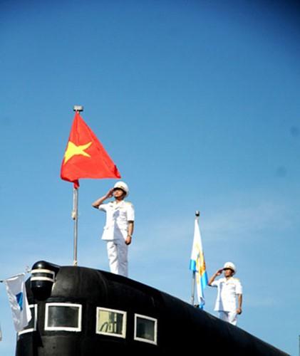 Can canh 6 tau ngam Kilo cua Hai quan Viet Nam-Hinh-7