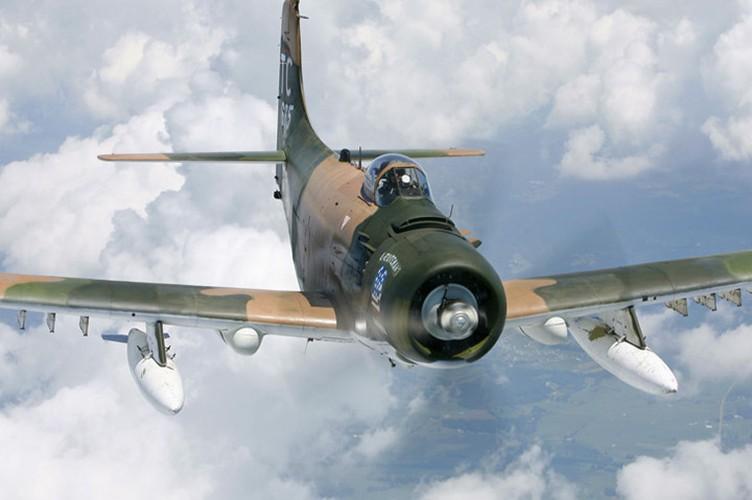 Kham pha cuong kich A-1H Skyraider tung tham chien o Dong Duong-Hinh-6