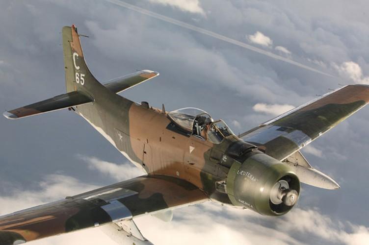 Kham pha cuong kich A-1H Skyraider tung tham chien o Dong Duong-Hinh-7