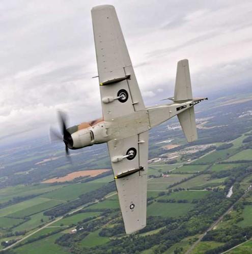 May bay cuong kich AD-1 Skyraider nhin tu nhieu goc do-Hinh-6