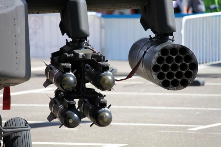 Can canh sieu truc thang Apache san lung IS o Syria-Hinh-2