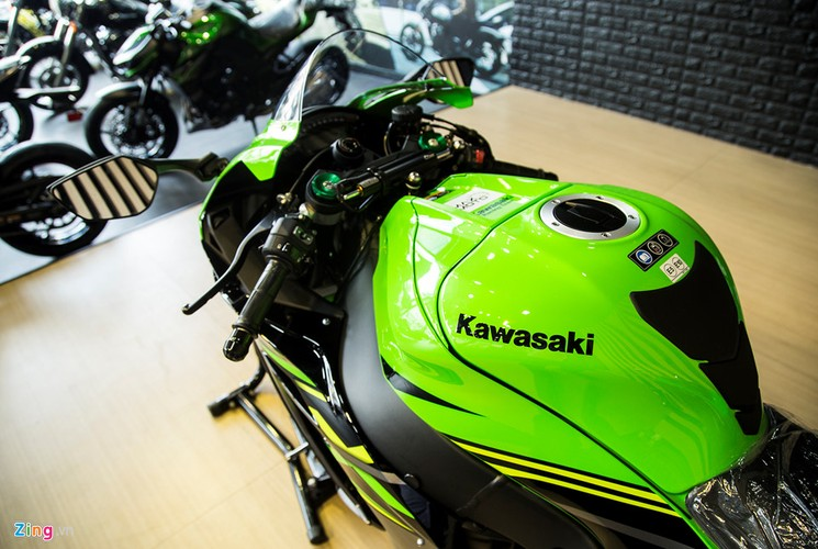 Chi tiet sieu moto Kawasaki ZX-10R gia 549 trieu dong tai VN-Hinh-9