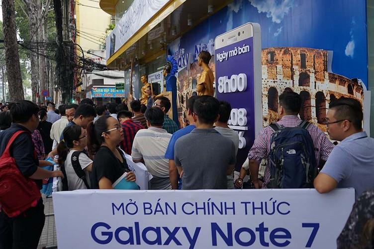 Ngung ban Samsung Galaxy Note 7, khach hang duoc boi thuong-Hinh-12