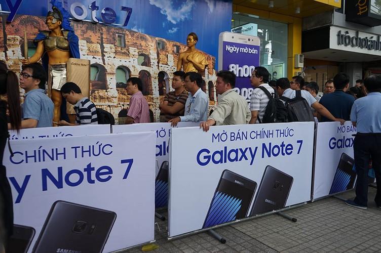 Ngung ban Samsung Galaxy Note 7, khach hang duoc boi thuong-Hinh-13