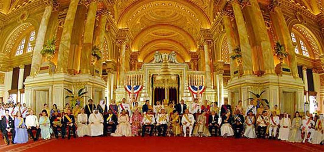 Cung dien nguy nga cua Nha Vua Thai Lan Bhumibol Adulyadej-Hinh-10