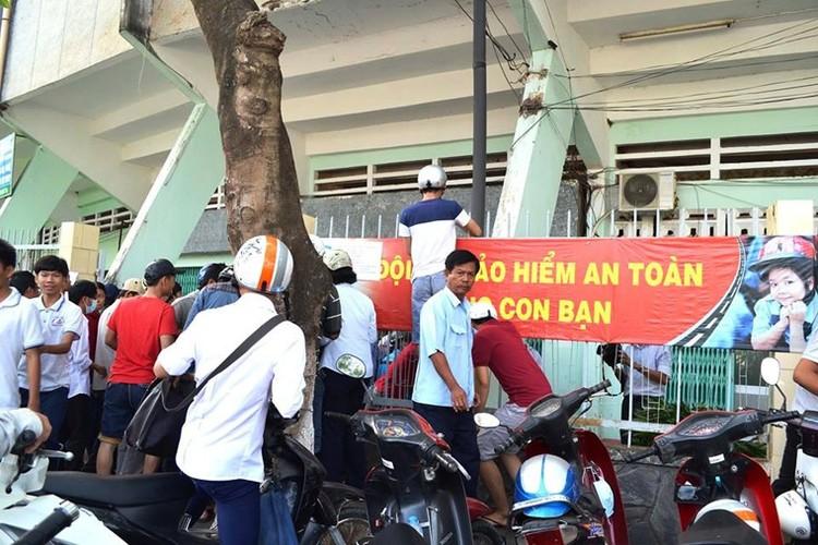 San Long An bung no, 10.000 ve bi thoi bay-Hinh-4