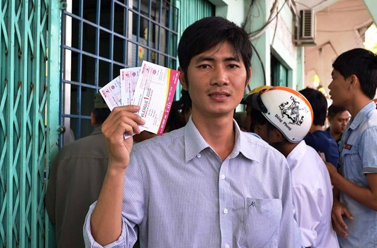 San Long An bung no, 10.000 ve bi thoi bay-Hinh-7