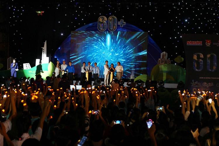 TPHCM: Hang nghin ban tre huong ung Gio trai dat-Hinh-8