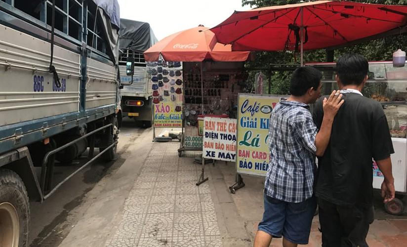 """Hang loat tai xe """"meu mao"""" vi dau xe an com bi phat 700 nghin!-Hinh-3"""